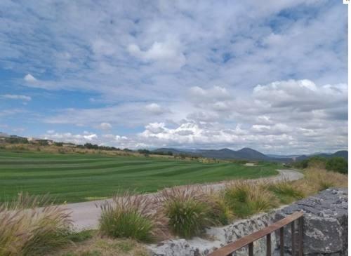 moderno departamento a estrenar en campo de golf en zibatá v