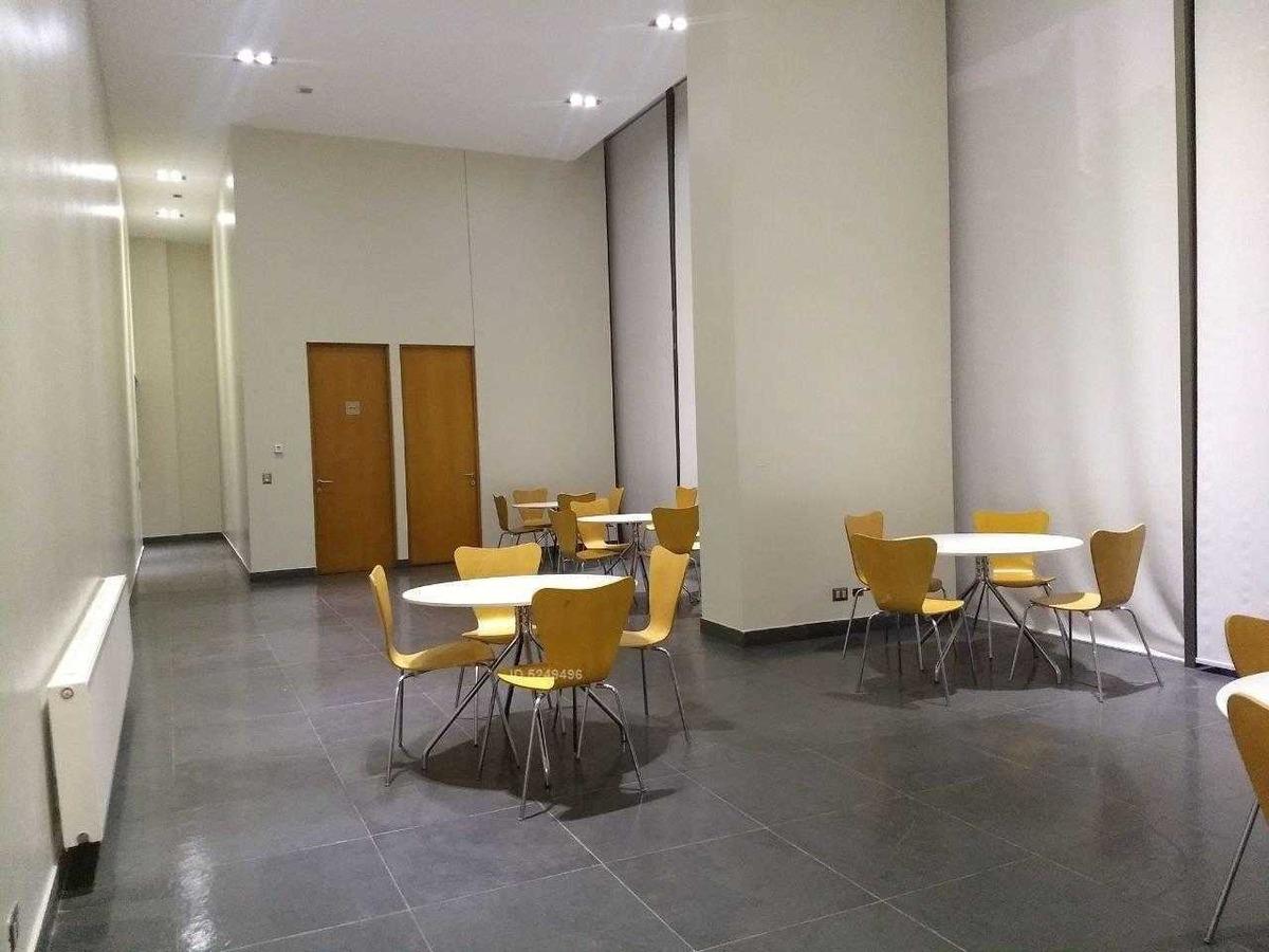 moderno edificio sector el golf*dos estacionamientos* cocina equipada completa