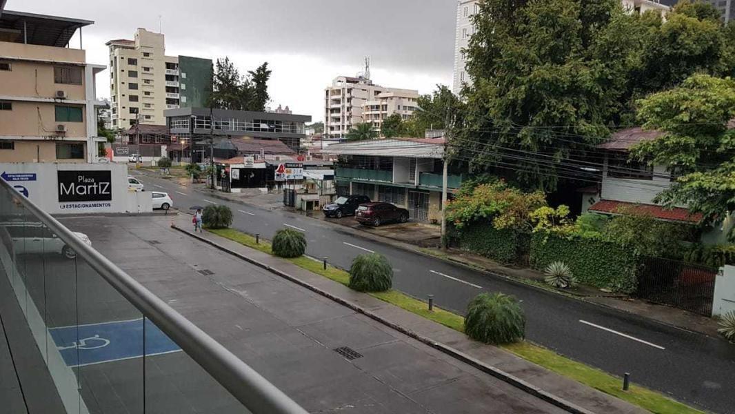 moderno local en alquiler en san francisco panamá cv