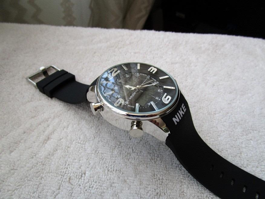 178b188cda40 Moderno Reloj Nike Caucho Negro Digital Subasta 1 Peso -   390.00 en ...