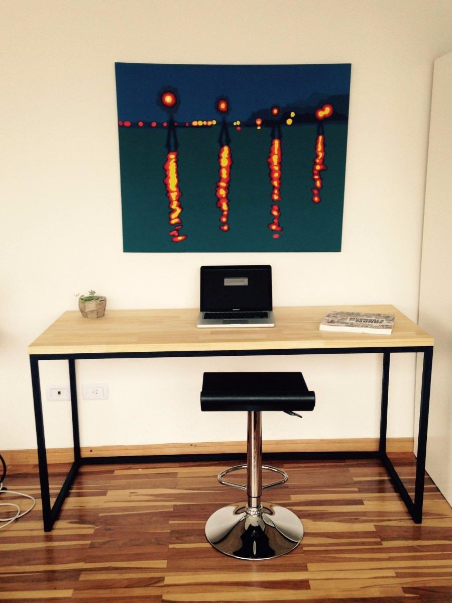 Modernos escritorios en hierro y finjer joint for Escritorios de direccion