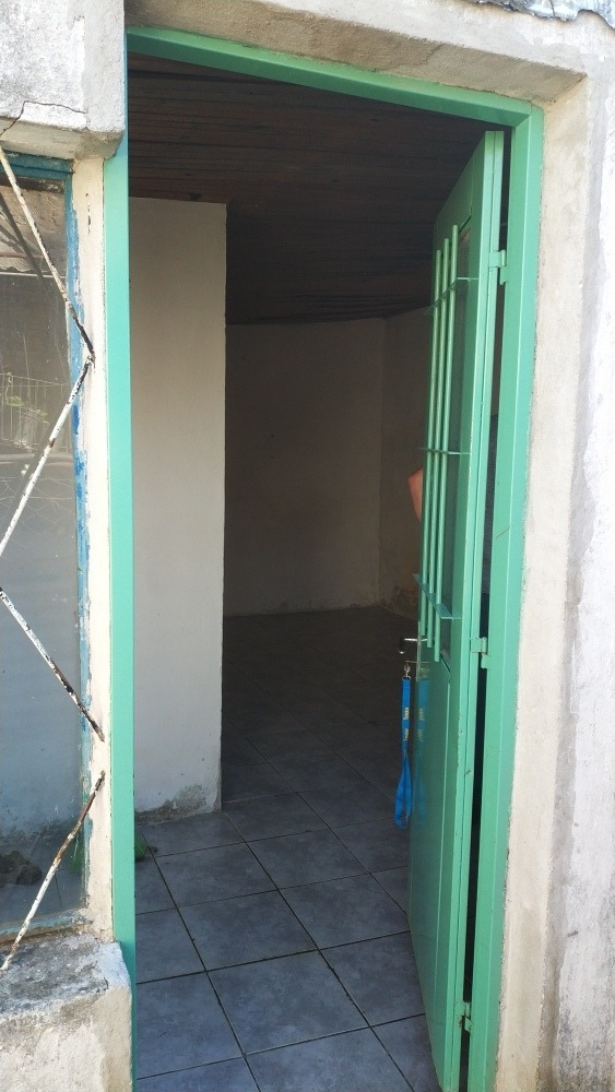 modesto apartamento en abajuba con títulos de propiedad.