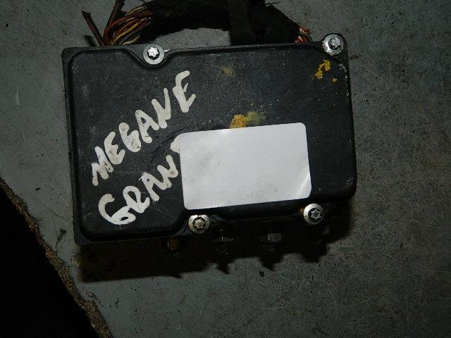 Modulo Abs Megane 1 6 16v 0265800519 2265 V