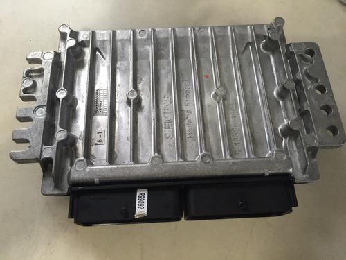 módulo de injeção volvo s40 turbo 2004 s110921022a