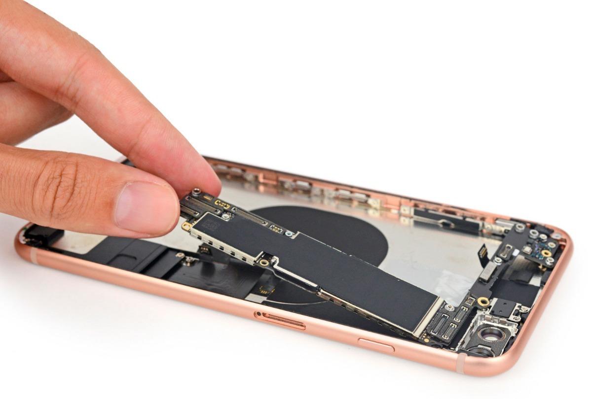 1d31f081975 mojado baño quimico reparación en placa iphone 8 a1863 a1905. Cargando zoom.