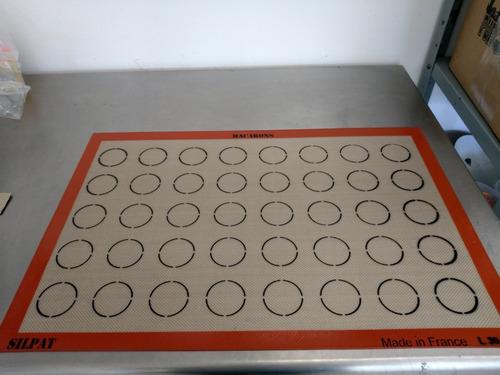 molde de silicón para hacer 30 macarons