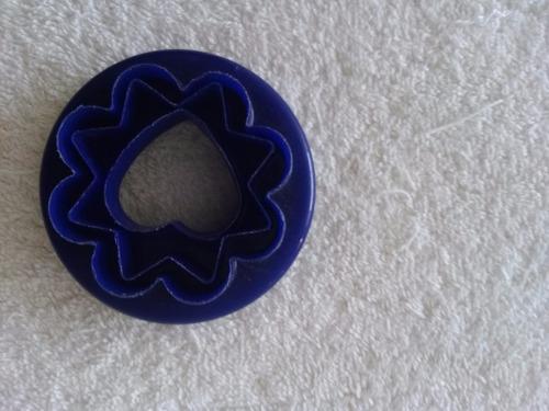 molde de tres formas plástico para reposteria lo use una