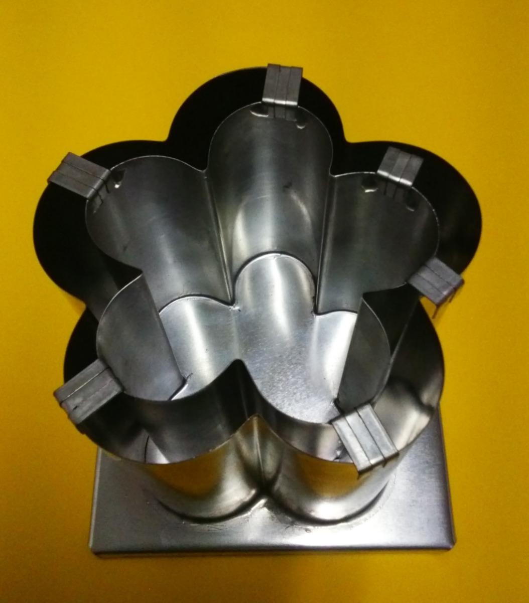 061ca193b2b molde metálico flor pantalla para hacer vela de parafina. Cargando zoom.