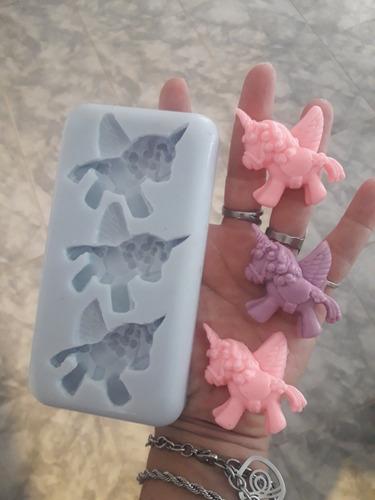 molde nacimiento silicona piecitos bebé elefante unicornio