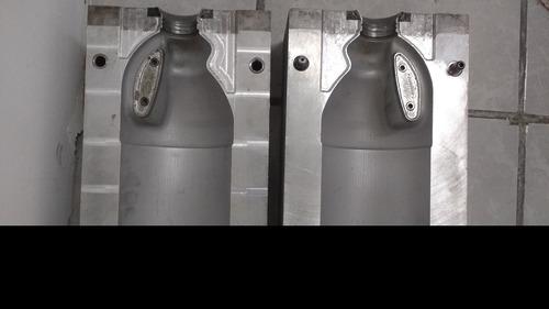 molde para botella de 2 litros (blanqueador soriana)