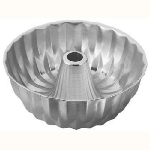 molde ponque corona rizada 25 cm - wilton - metalico