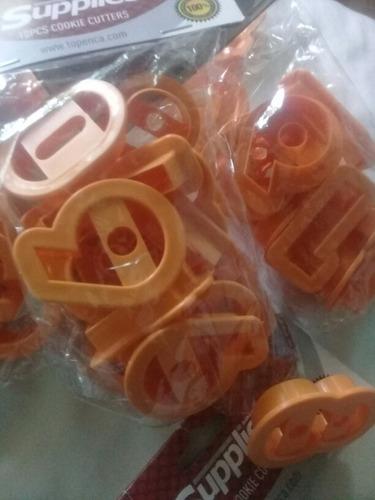 moldes de numeros de galletas y decoraciones.marca supplies