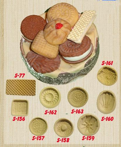 moldes para realizar galletitas en porcelana fria set x 9 un