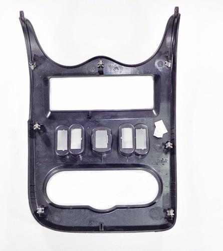 moldura central d painel preto p renault sandero 08 012