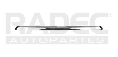 moldura cofre  sierra 07-12 cromada