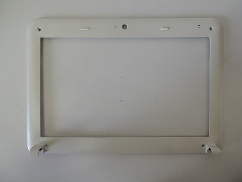 moldura da tela de netbook positivo mobo 1050 usado