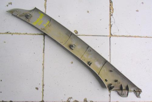moldura de pilar del izquierda kia rio año 2001-2003