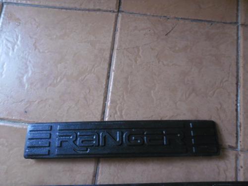 moldura de plastico de puerta ford ranger ubif3