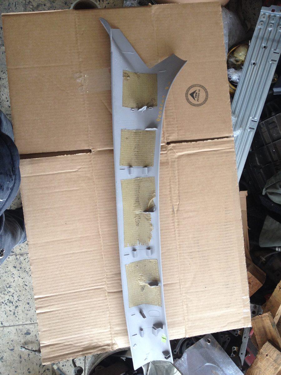 moldura de poste delantera derecha peugeot 206 9625053377 en mercado libre. Black Bedroom Furniture Sets. Home Design Ideas