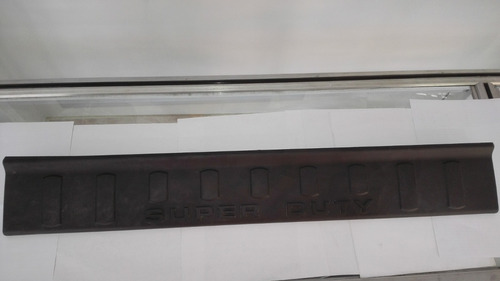 moldura de puerta posa pie lh-rh ford super duty original
