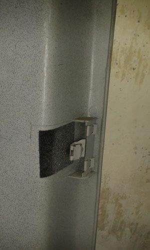 moldura de revestimiento trasera luz blazer gm 15675965.
