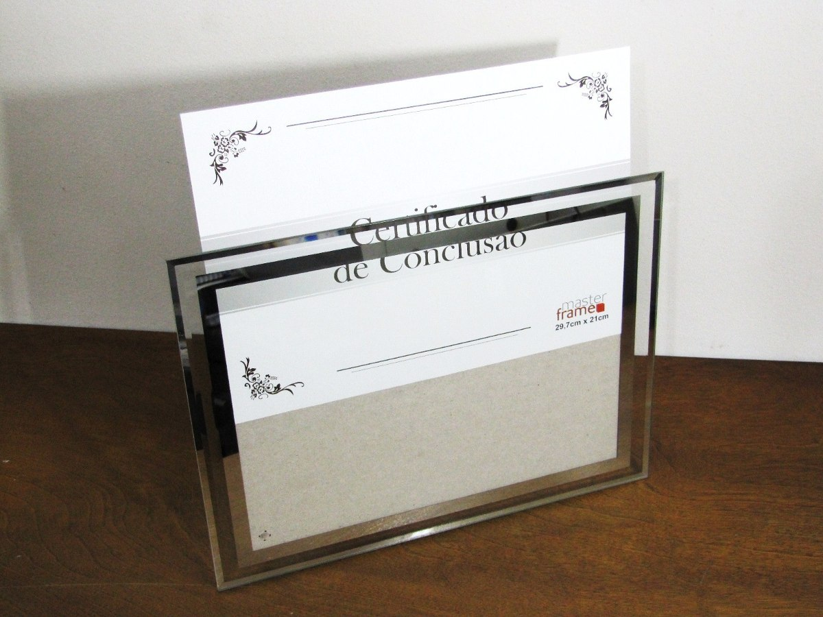 moldura diploma luxo vidro porta retrato detalhe espelhado r 29 90 em mercado livre. Black Bedroom Furniture Sets. Home Design Ideas