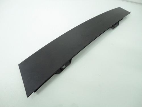 moldura externa coluna porta dianteira direita polo 03/