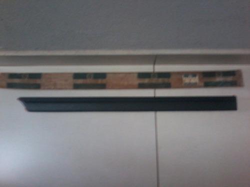 moldura frizo porta traseira direita ipanema gl 94/95