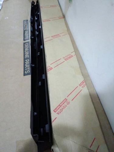 moldura inferior guardabarro puerta der deslizante previa