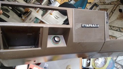 moldura marrom inferior painel radio e porta luvas gol ../86