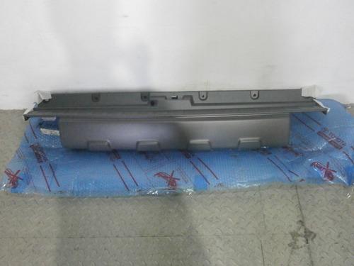moldura parachoque trasero 4runner 03-05