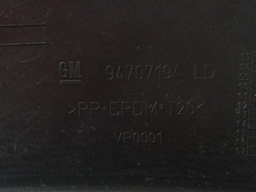 moldura paralama lado direito original gm   94707194