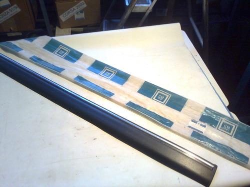 moldura porta esquerda kadett 94/95 sle