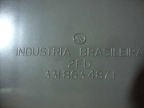 moldura porta malas central quantum 90/91 a 93 original vw