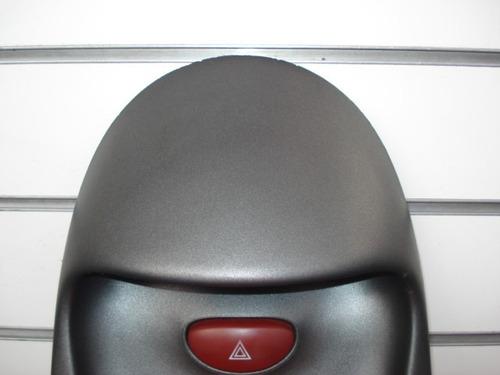 moldura superior com botão do pisca alerta do peugeot 206