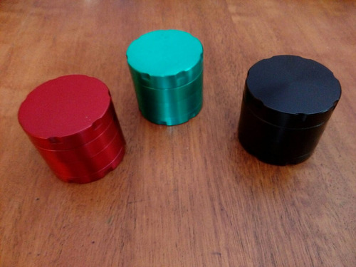 moledor grinder metalico tabaco4cm x 3.5cm growshop