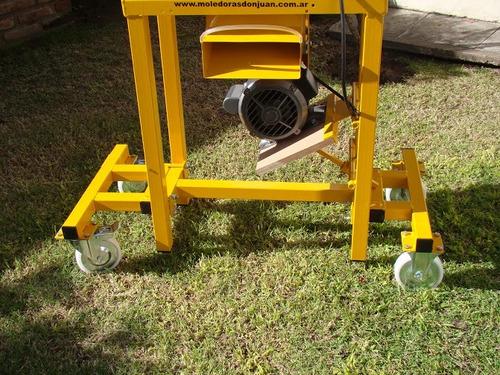 moledora de granos a martillos eco 404 con mesa y con motor