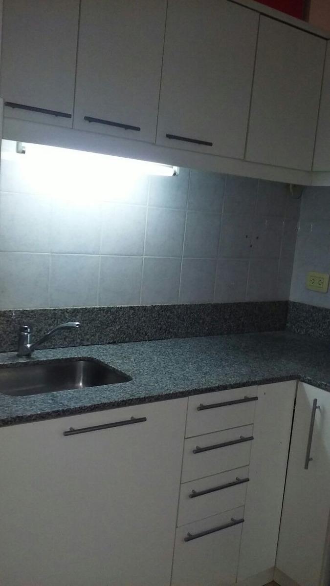 moliere 2800 ph 3 amb. patio. baulera.villa real