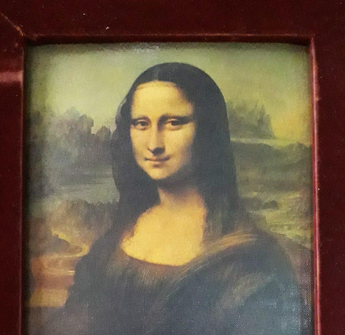 Mona lisas vintage apologise