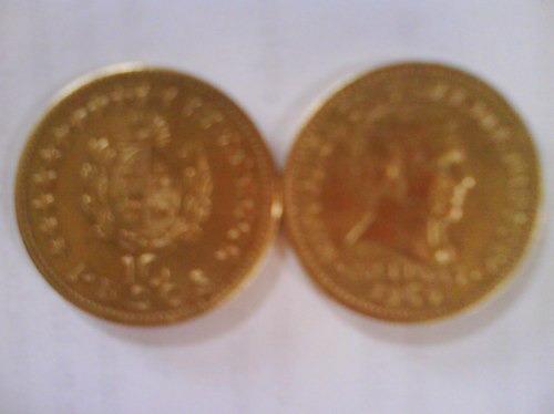 moneda antigua uruguaya de $10 del año 1965
