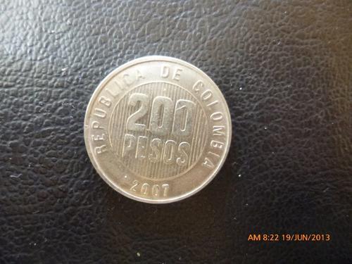 moneda colombia 200 pesos 2007 (253z