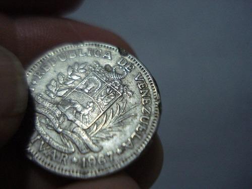 moneda de venezuela de un bolivar de 1967