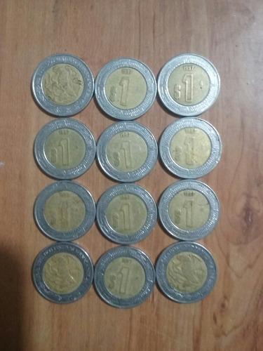 monedas de un nuevo pesó mexicano