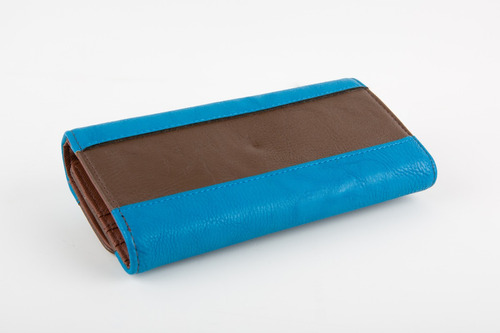 monedero/billetera dama akua avenue azul y marron