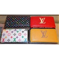 Monederos Ch, Louis Vuitton, Jb.