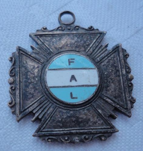 monijor62-antigua medalla federacion argentina de lucha fal