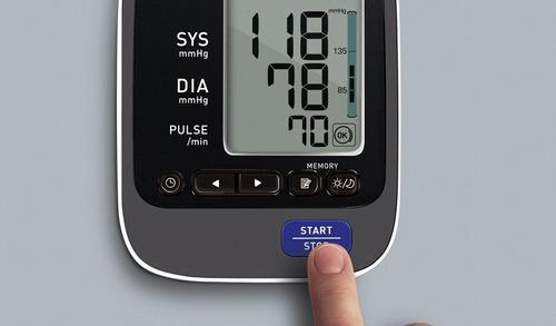 monitor de presión arterial automático omron hem-7220
