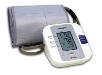 monitor de presión arterial omron automático con mango gran