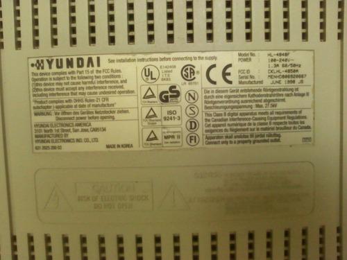 monitor hyundai deluxscan 14s con la base original
