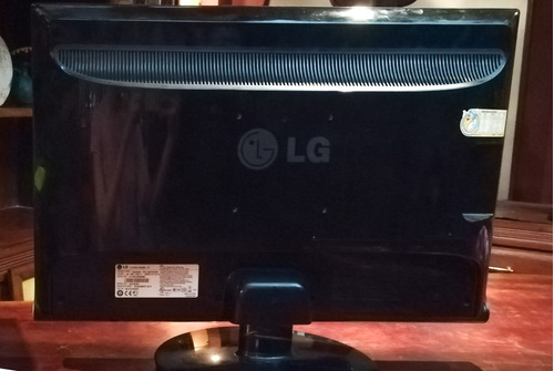monitor lg 3d lcd 23  + lentes 3d